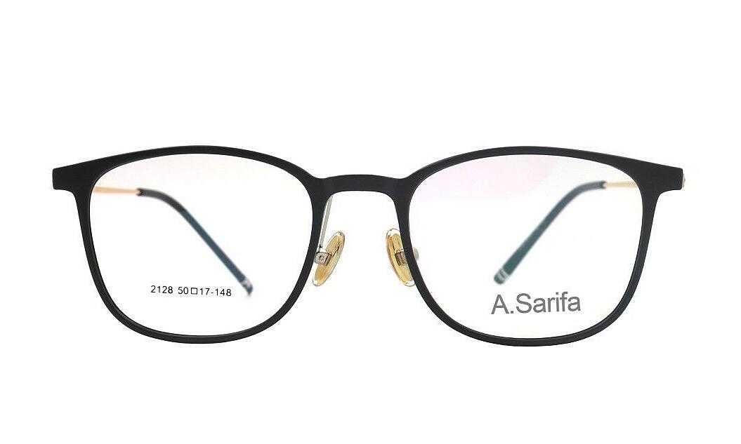 Gọng kính Sarifa 2128 C20làm từ chất liệu plastic và hợp kim titanium. Đệm mũi rời. Mắt kính rộng 50 mm, cầu kính rộng 17 mm, càng kính dài 148 mm. Sản phẩm đang được ưu đãi 48% còn 269.000 đồng.