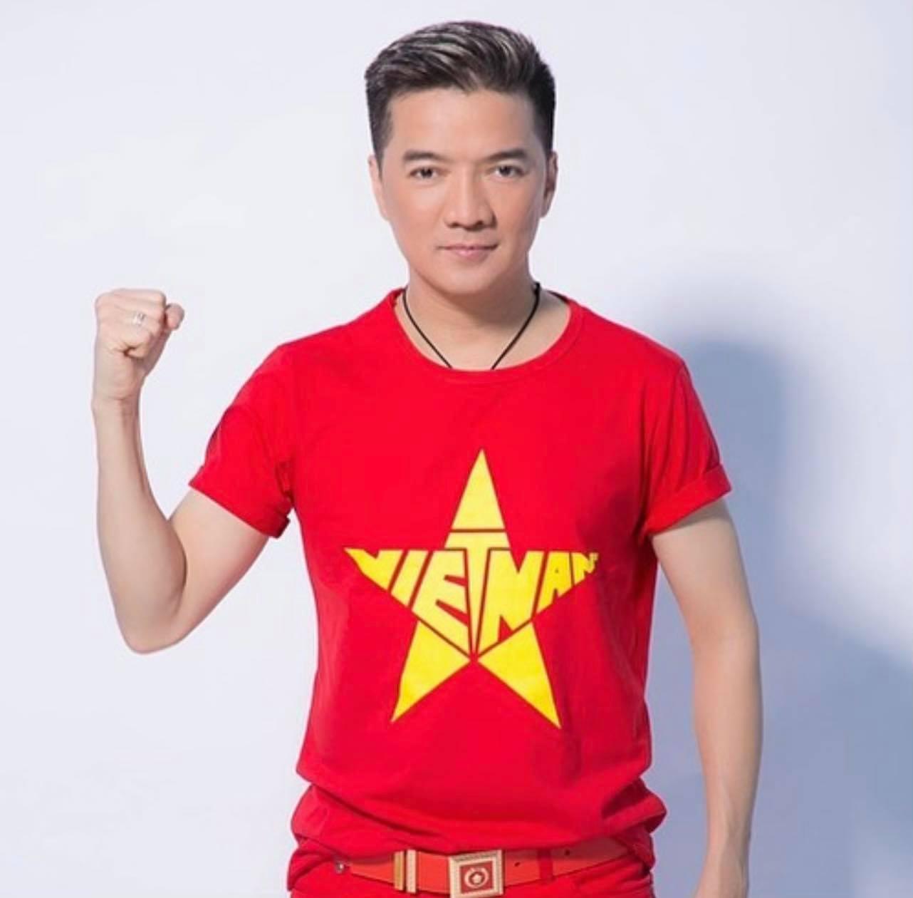 Đàm Vĩnh Hưng hy vọng Việt Nam sớm chiến thắng đại dịch.