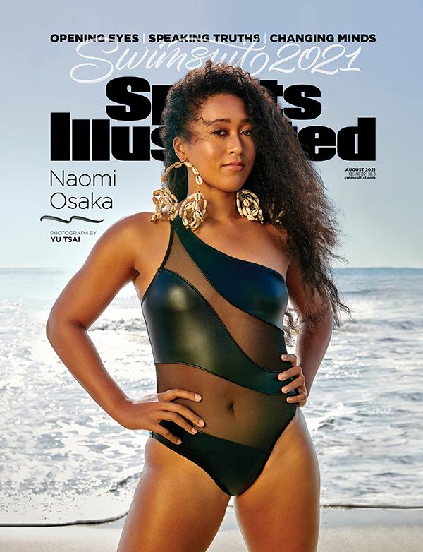 Naomi Osaka diện đồ bơi da pha chất liệu xuyên thấu trên bìa ấn phẩm Sports Illustrated Swimsuit 2021.