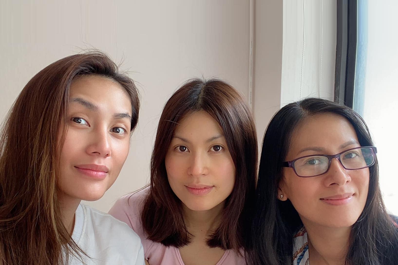 Ba chị em nhà Võ Hoàng Yến đều có sự nghiệp thành đạt, hạnh phúc riêng và luôn yêu thương, gắn bó.