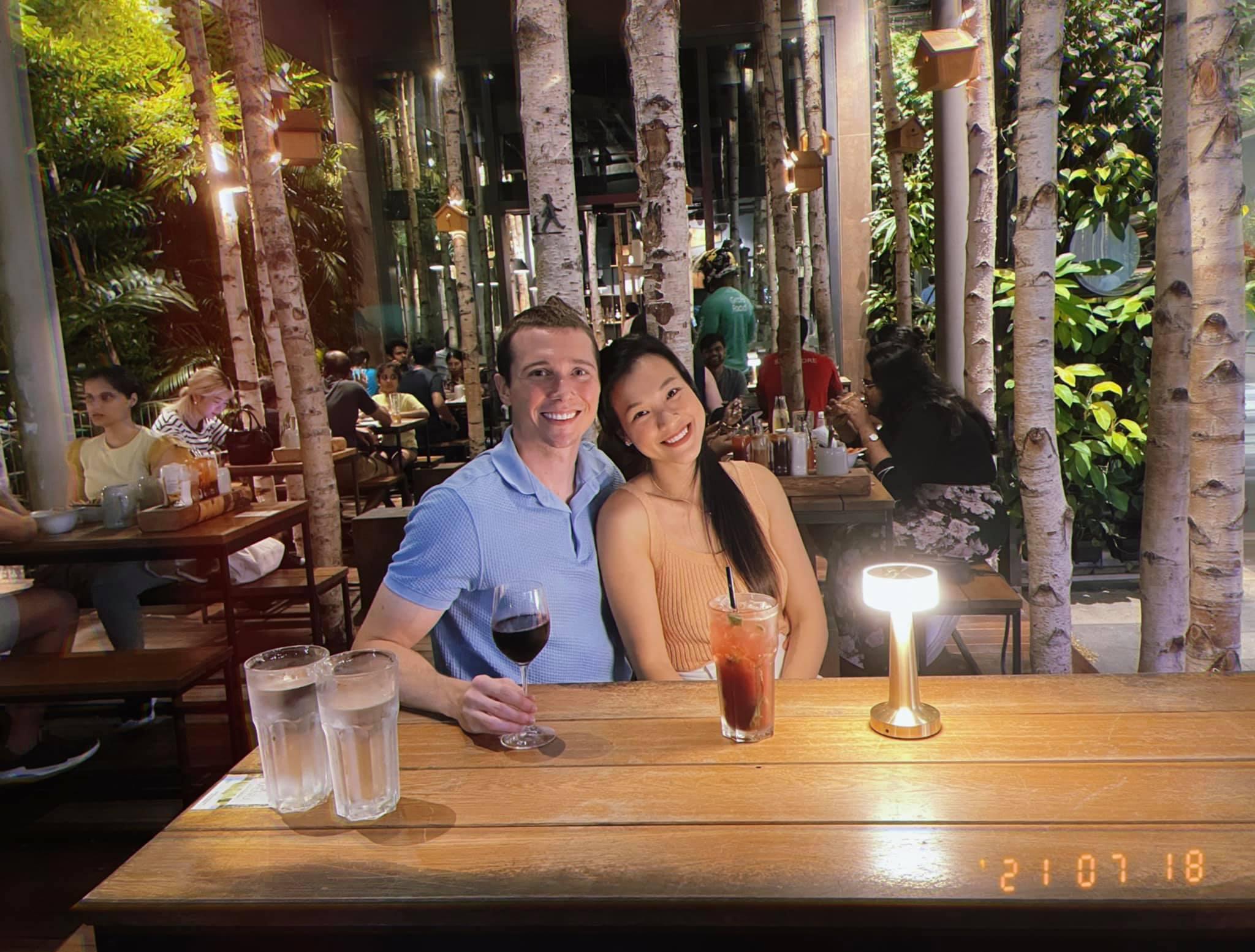 Hai nhà hàng ở Singapore nơi vợ chồng Hoàng Oanh trốn con hẹn hò - 6