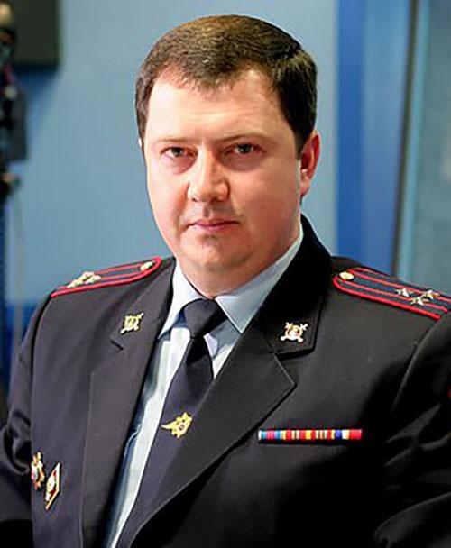 Đại tá Alexey Safonov (45 tuổi) - cảnh sát trưởng ở vùng Stavropol trước khi bị bắt. Ảnh: East2west News.