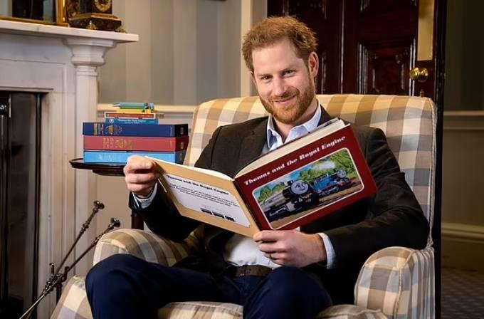 Harry có thể lại có những tiết lộ gây sốc về gia đình mình trong cuốn hồi ký ra mắt vào năm tới. Ảnh: AP.
