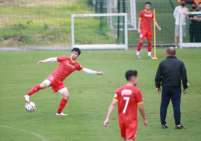 Công Phượng trong đợt tập trung chuẩn bị cho vòng loại thứ hai World Cup 2022 hồi tháng 5. Ảnh: Lâm Thoả.