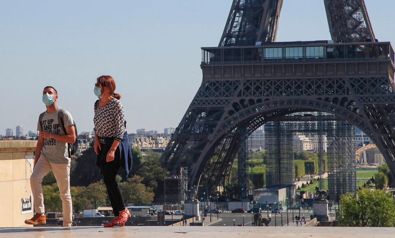 Tháp Eiffel yêu cầu khách phải có xét nghiệm hoặc đã tiêm vaccine