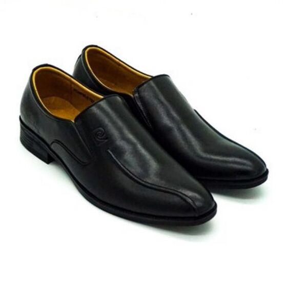 Giày Pierre Cardin PCMFWLE722BLK; chất liệu da bò; đế cao su nhiệt dẻo TPR.