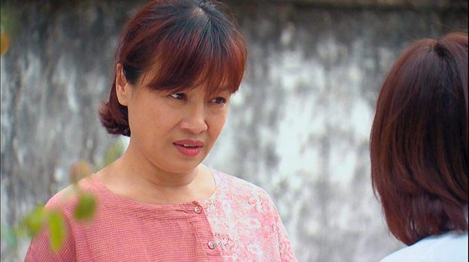 Nghệ sĩ Tú Oanh trong vai bà Bích của Hương vị tình thân.