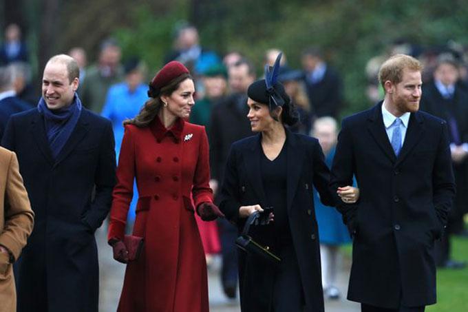 Vợ chồng William - Kate và vợ chồng Harry - Meghan dự lễ Giáng sinh năm 2018. Ảnh: PA.