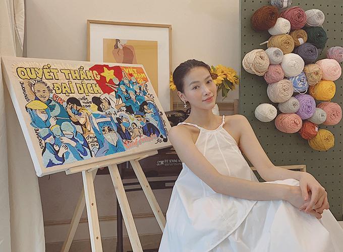 Hoa hậu Phương Khánh cũng tìm nhiều thú vui tạo năng lượng tích cực trong suốt hai tháng giãn cách xã hội tại TP HCM.