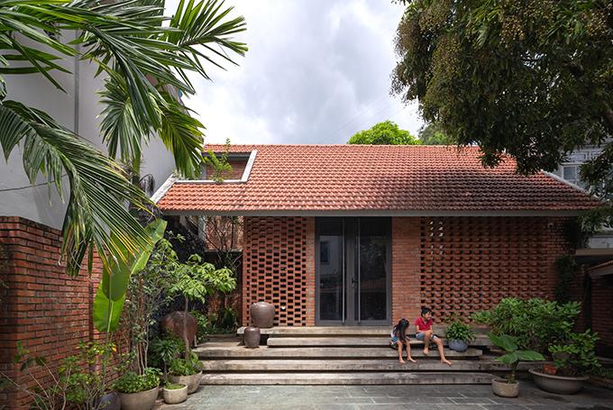 Ngôi nhà ở Sơn La có diện tích 180 m2, được hoàn thiện năm 2015 bởi Trung tran Studio.