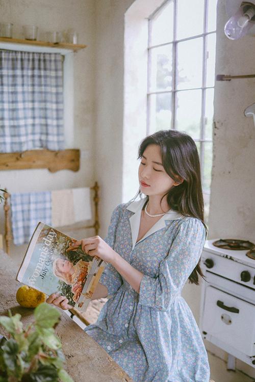 Ở nhà không được xuề xoà là tiêu chí của nhiều cô nàng luôn thích sự gọn gàng và tươm tất từ đầu tóc cho tới trang phục trong mùa dịch.
