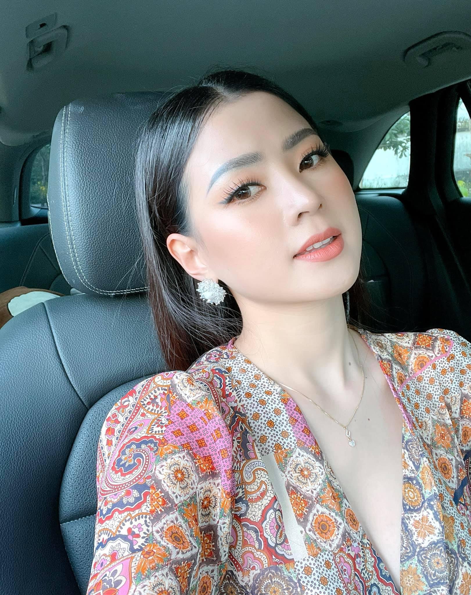 Bạn gái Minh Luân về quê Đồng Nai tránh dịch
