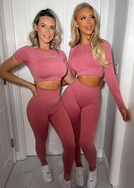 Cheryl (trái) và con gái thường được nhận xét trông như chị em gái hơn là mẹ con. Ảnh: Caters.
