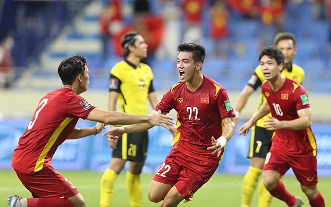 Tuyển Việt Nam từng đá cách ly tập trung trong ba trận đấu cuối cùng của vòng loại thứ hai World Cup 2022 tại UAE. Ảnh: Lâm Thoả.