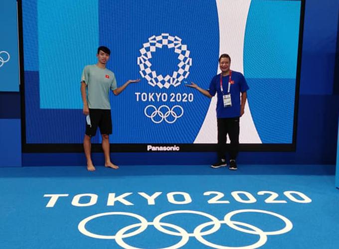 Huang Gouhui chụp ảnh cùng Huy Hoàng tại Olympic Tokyo 2020. Ảnh: FB Huang Gouhui