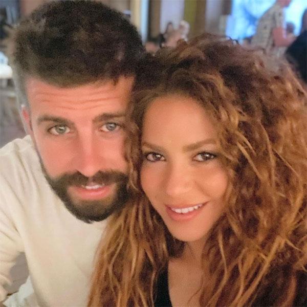 Pique và Shakira trong bức ảnh chụp chung đăng tải hôm 10/7. Ảnh: Instagram.