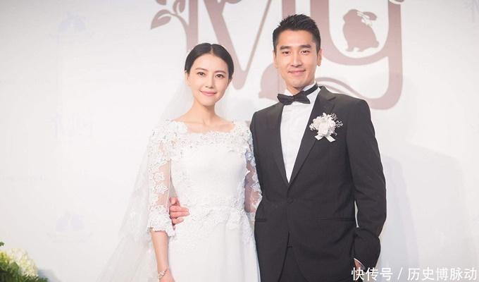 Cao Viên Viên và Triệu Hựu Đình kết duyên nhờ phim Tìm kiếm năm 2012. Tháng 4 cùng năm, Triệu Hựu Đình công khai chuyện tình. Họ đám cưới năm 2014 và đón con gái đầu lòng năm 2019.
