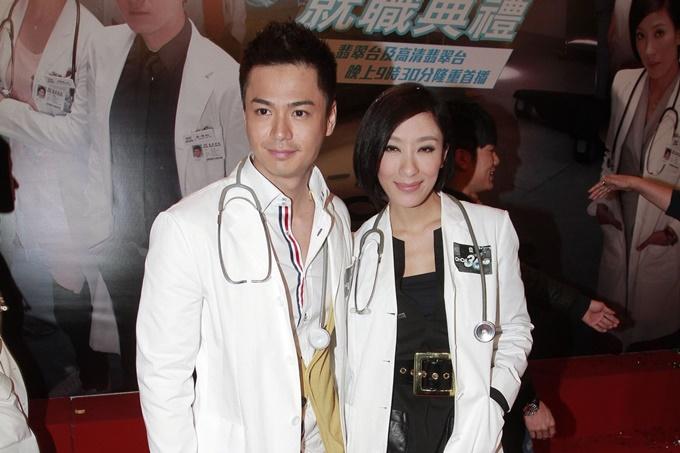 Trong phim Sứ mệnh 36 giờ, La Trọng Khiêm theo đuổi cô bác sĩ hơn tuổi do Dương Di đóng nhưng thất bại. Điều này được bù đắp bằng chuyện tình chị em ngoài đời. Họ dính nhau ngay sau bộ phim này và kết hôn năm 2016.