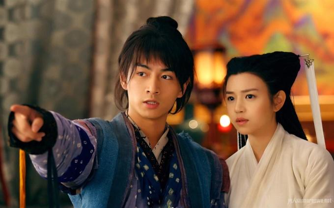Trần Hiểu và Trần Nghiên Hy phim giả tình thật khi đóng Dương Quá - Tiểu Long Nữ của phim Tân Thần điêu đại hiệp năm 2013. Họ tổ chức lễ cưới và đón con đầu lòng trong năm 2016.