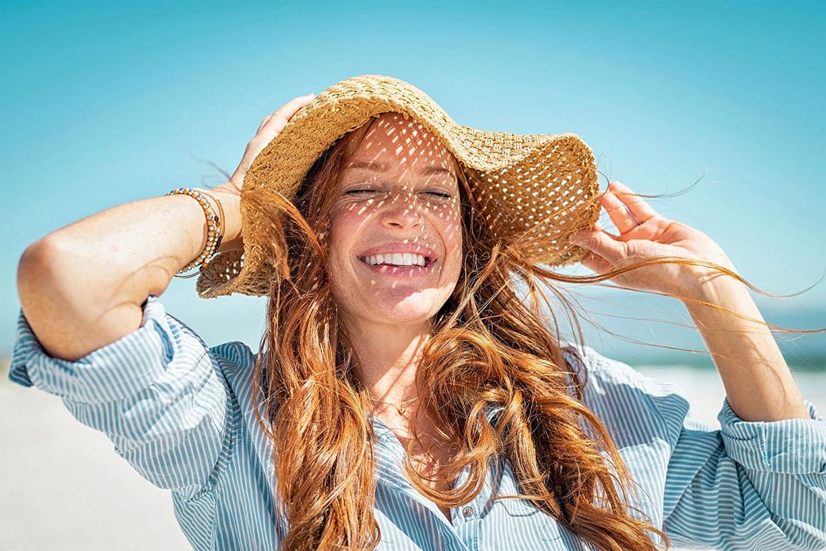 Một số kiểu mũ mùa hè Mũ lưỡi trai không thực sự tốt trong việc chắn nắng vì nó để hở tai và cổ. Bên cạnh đó, mũ cói đan mắt thưa gần như vô dụng vì ánh nắng có thể xuyên qua.