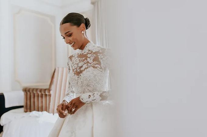 Váy cưới dài 4 m của thiên thần nội y nhắc tới Grace Kelly (nháp) - 6