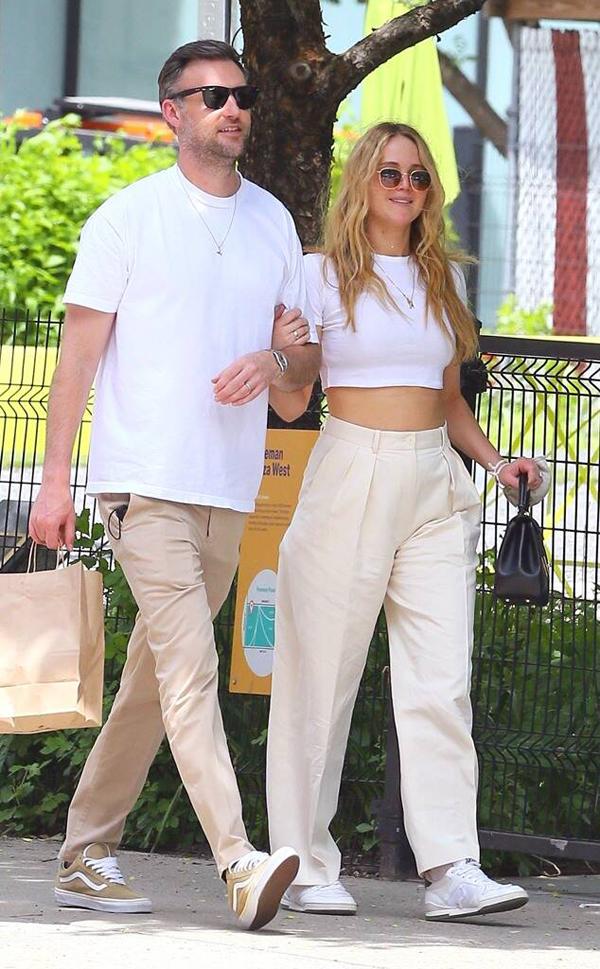 Jennifer và ông xã.