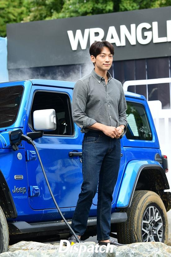 Rain dự buổi giới thiệu xe của thương hiệu hôm đầu tháng 9.
