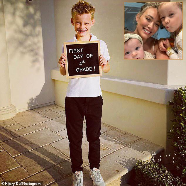 Cựu sao Disney Hilary Duff vui mừng khi con trai cả Luca tựu trường. Cậu bé mới học lớp 4 nhưng đã rất cao. Hilary còn có hai con gái nhỏ 2 tuổi và 5 tháng tuổi.