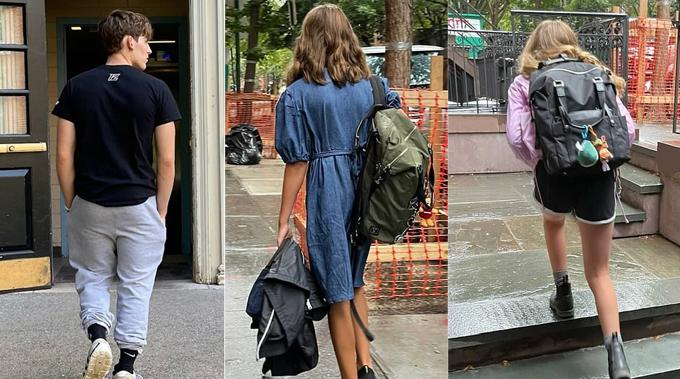 Nữ diễn viên phim Sex and the City Sarah Jessica Parker đăng ảnh ba người con tuổi teen trở lại trường. Con trai cả 18 tuổi của cô vào đại học trong khi cặp song sinh 13 tuổi lên lớp 7.