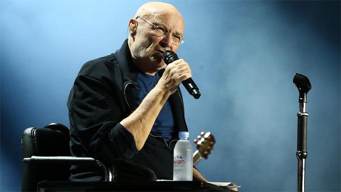 Phil biểu diễn tại Brisbane năm 2019. Ảnh: AAP