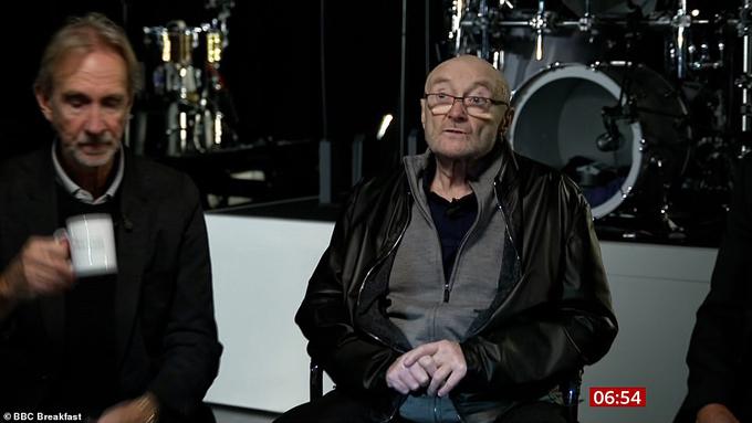 Phil Collins (phải) trong chương trình BBC Breakfast ngày 9/9.