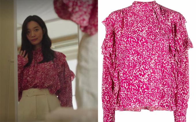 Áo lụa với hoạ tiết và đường nhún đậm chất bánh bèo Shin Min Ah sử dụng đến từ thương hiệu Isabel Marant.