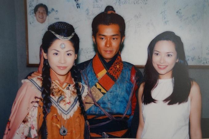Ba diễn viên chính của Cỗ máy thời gian: Tuyên Huyên, Cổ Thiên Lạc, Quách Thiện Ni (từ trái qua).