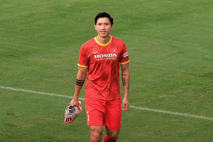 Văn Hậu trong đợt tập trung tuyển Việt Nam chuẩn bị cho vòng loại thứ hai World Cup 2022. Ảnh: ĐVH