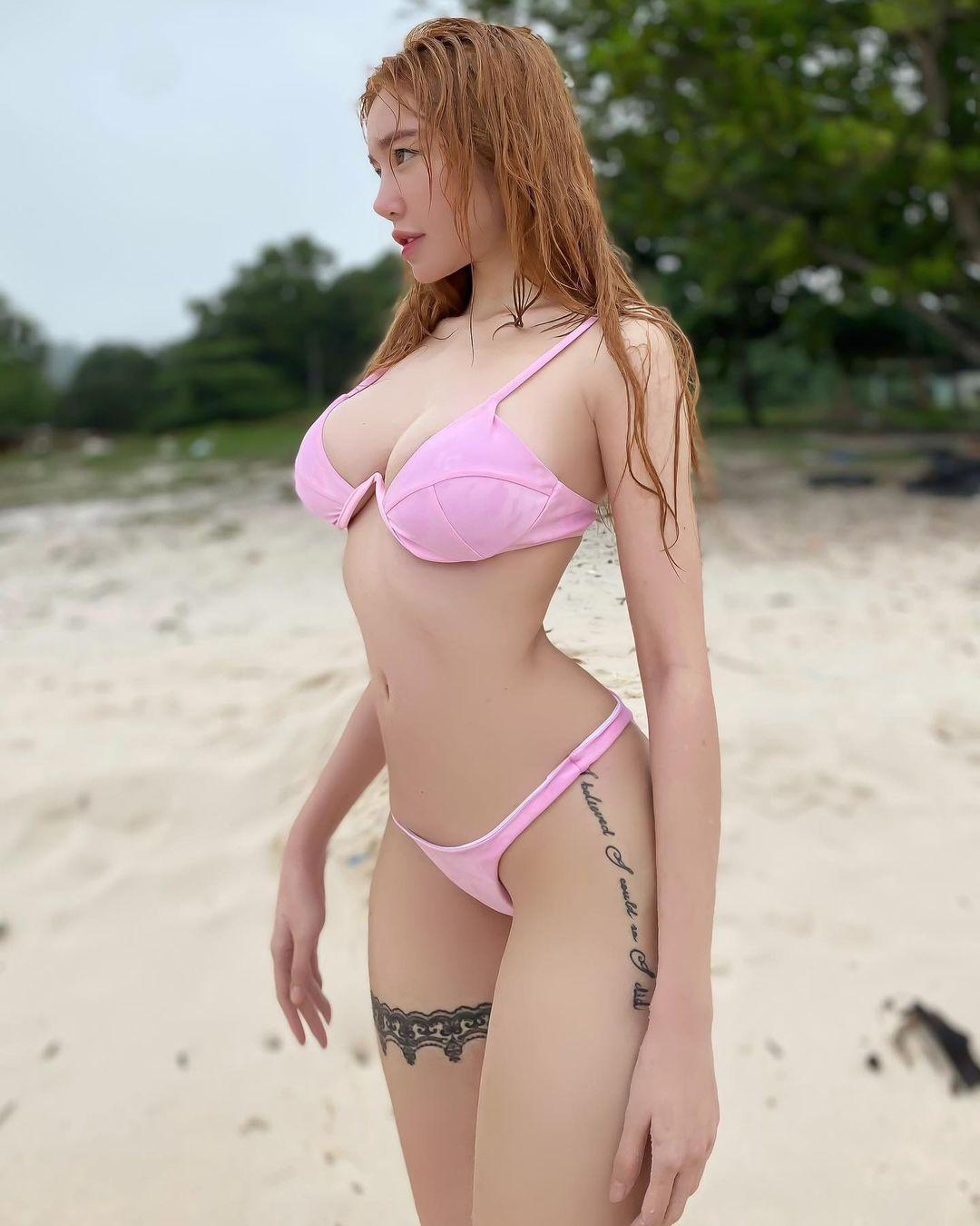 Vóc dáng Elly Trần sau 2 lần sinh nở.