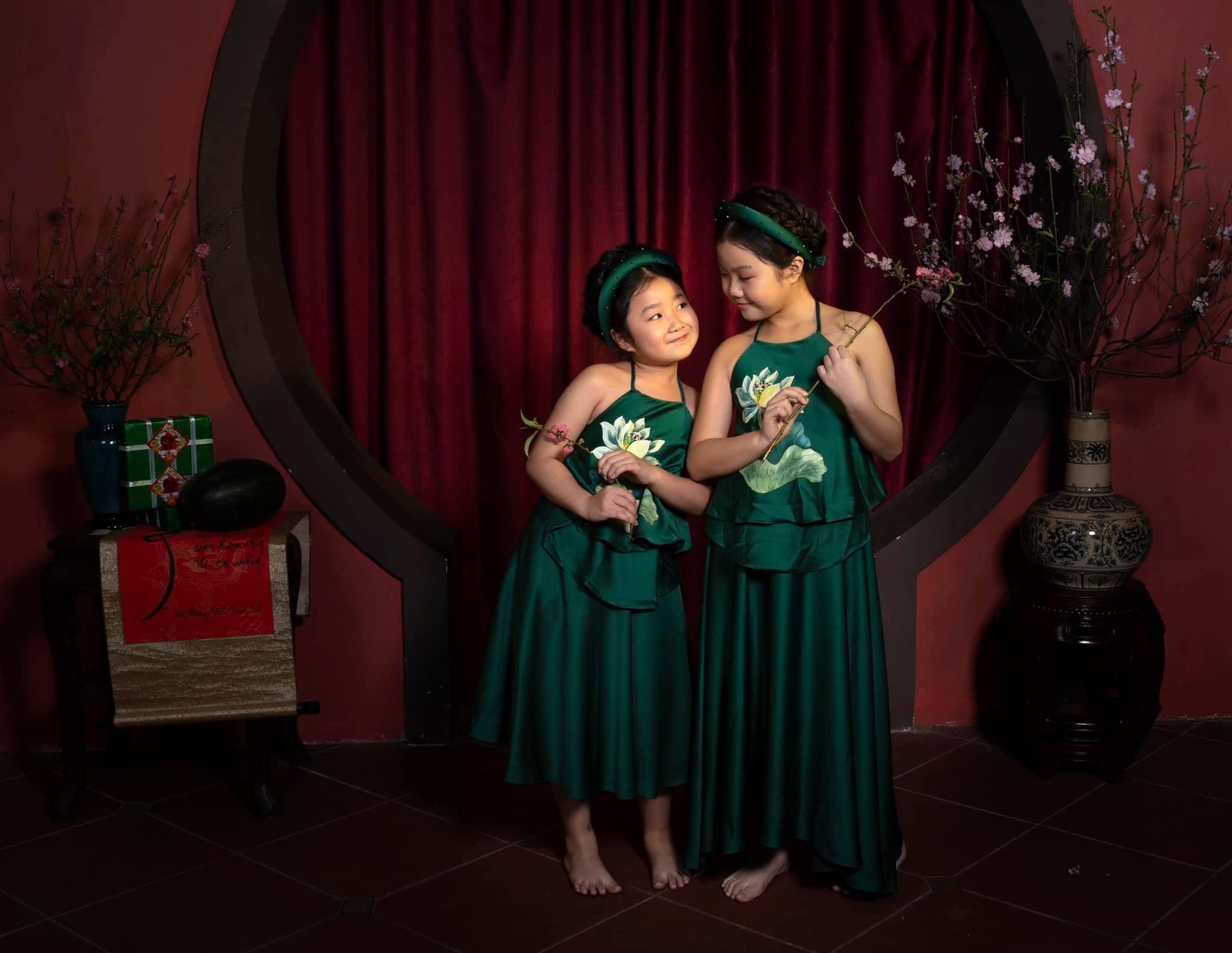 Hai con của Thanh Hương có tính cách khác biệt nên chị phải lựa theo từng bé để đưa ra cách nuôi dạy phù hợp.