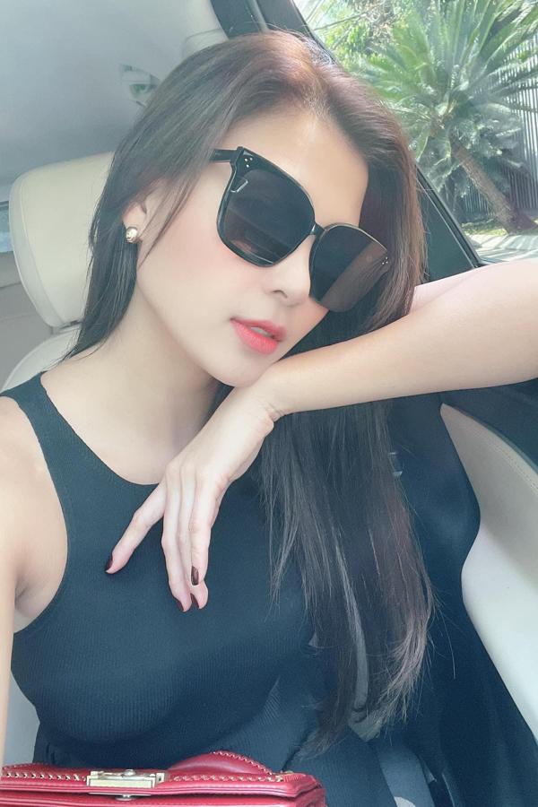 Ảnh sao 17/9: Yến Trang khoe body thon gọn - 8