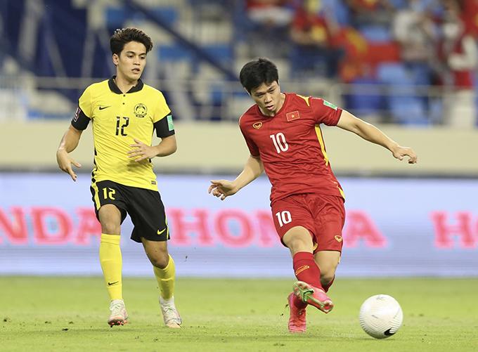 Công Phượng trong trận đấu với Malaysia ở vòng loại thứ hai World Cup 2022 hôm 11/6. Ảnh: Lâm Thoả