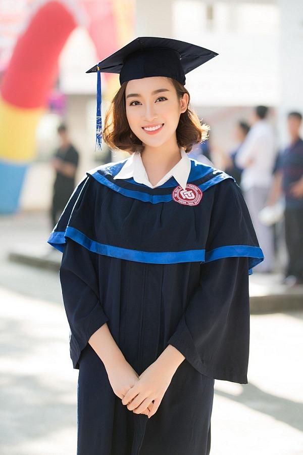 Top 3 Hoa hậu Việt Nam 2016 đều được đánh giá cao về nhan sắc lẫn tri thức. Hoa hậu Đỗ Mỹ Linh tốt nghiệp khoa Quản trị kinh doanh của Đại học Ngoại thương Hà Nội vào tháng 9/2018.