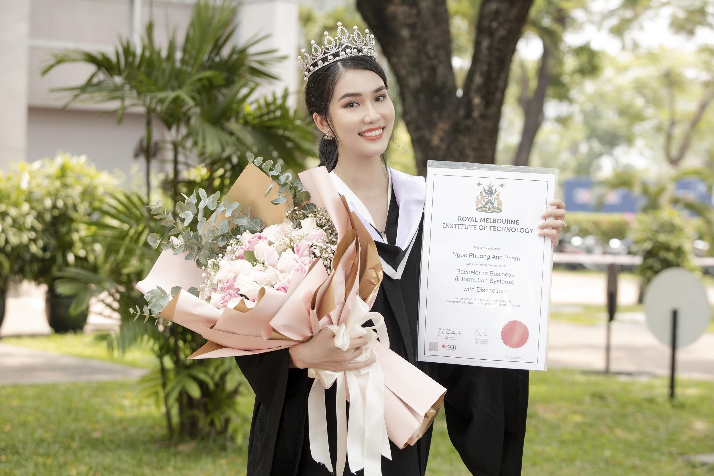 Phạm Ngọc Phương Anh là á hậu 1 Hoa hậu Việt Nam 2020 và được ưu ái gọi là á hậu học giỏi. Cô có các thành tích: