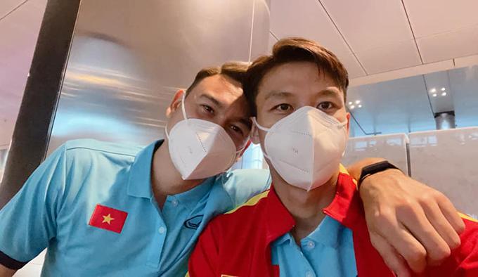 Quế Ngọc Hải và Văn Lâm là những đồng đội thân thiết ở tuyển Việt Nam. Ảnh: ĐVL