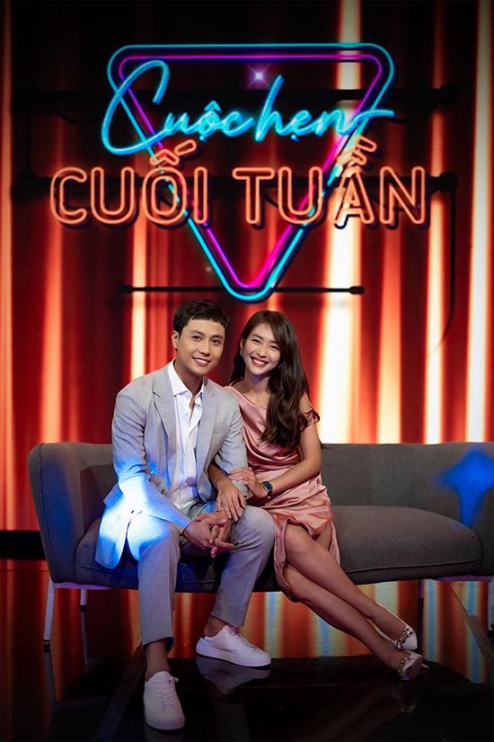 Diễn viên Thanh Sơn - Khả Ngân sánh đôi trong chương trình Cuộc hẹn cuối tuần.