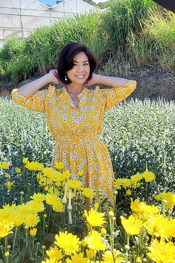 Tháng 3/2020, Hồ Lệ Thu về Việt Nam dự lễ khởi công xây dựng làng Khmer ở Sóc Trăng của MC Quyền Linh và vô tình kẹt đến hiện tại. Song cô cảm thấy đây là may mắn vì bản thân an toàn ở quê nhà và quây quần bên con gái.