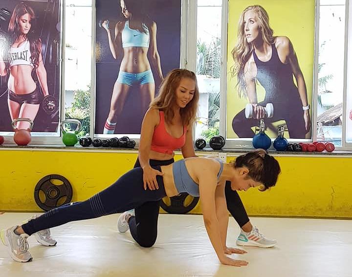 Hiện Thúy Uyên sở hữu hệ thống phòng tập gym, ngoài mục đích kinh doanh còn là truyền tải thông điệp tích cực từ việc tập luyện mang lại.