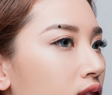 Bói vui: Đoán tính cách, số phận qua nốt ruồi trên khuôn mặt - 1