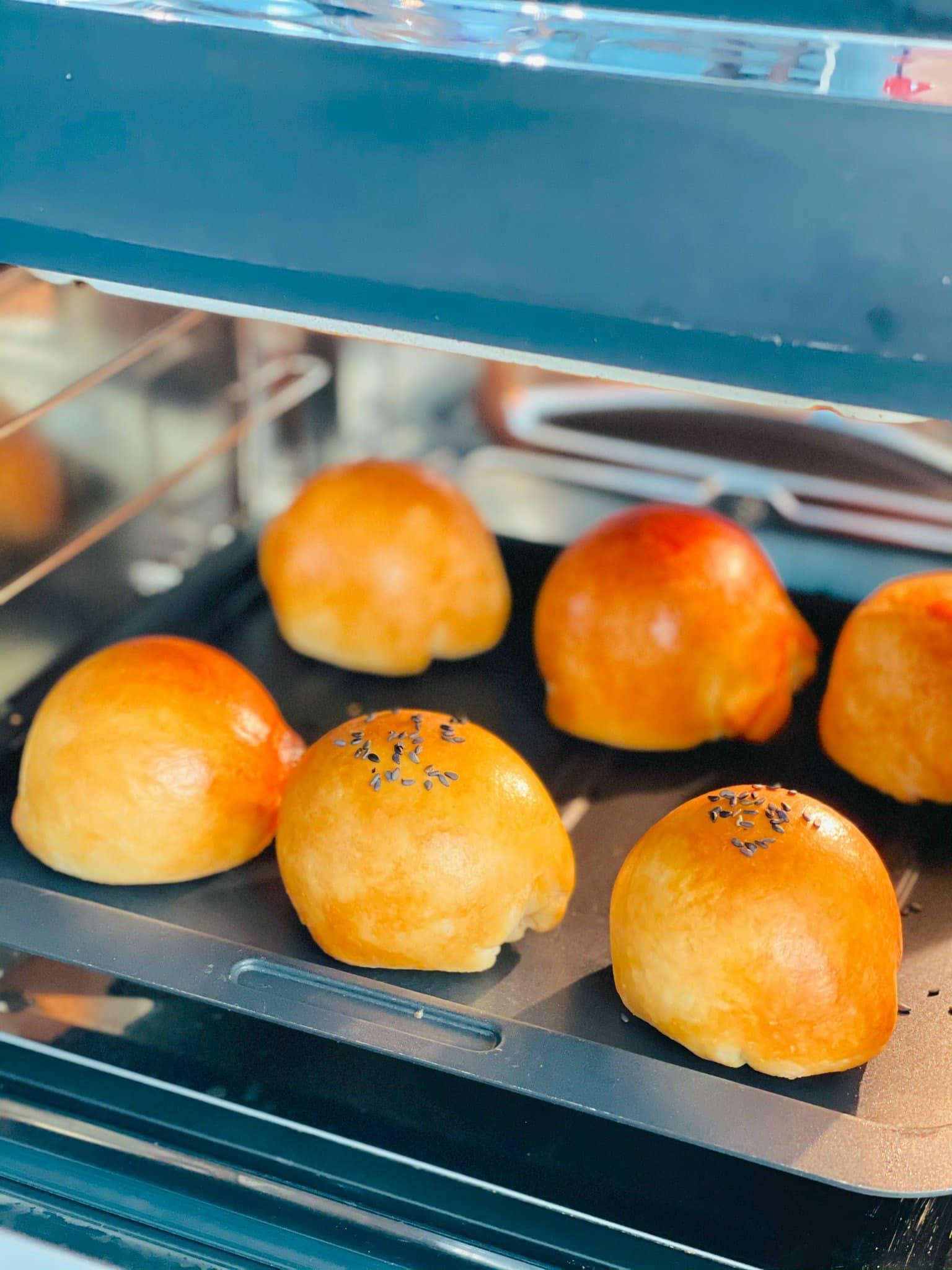 Ngọc Hân làm bánh Trung thu nghìn lớp - 3