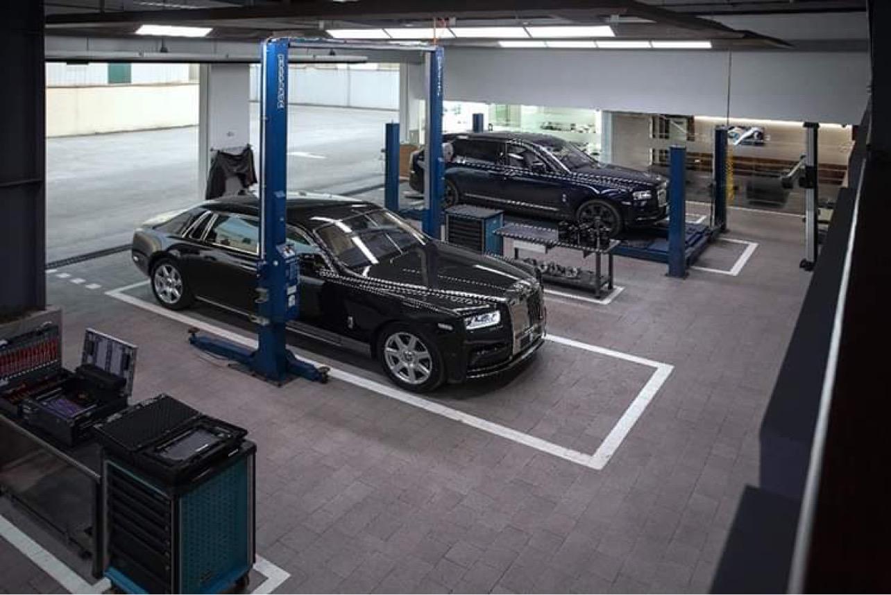Xưởng dịch vụ xe Rolls-Royce chính hãng tại Hà Nội. Ảnh: RRMC