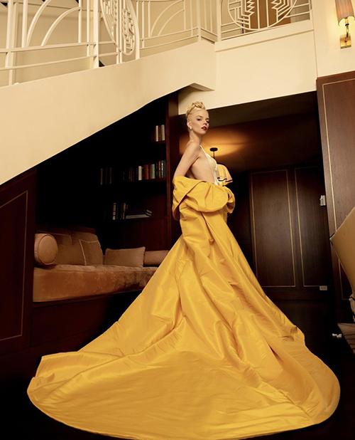 Anya Taylor-Joy là một trong những mỹ nhân sử dụng trang phục dạ tiệc nổi bật nhất lễ trao giải truyền hình Mỹ vùa tổ chức tối 19/9.