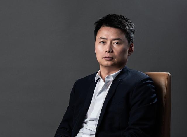 Zhang Yuanlin, Chủ tịch Tập đoàn Sinic Holdings. Ảnh: Todayir.