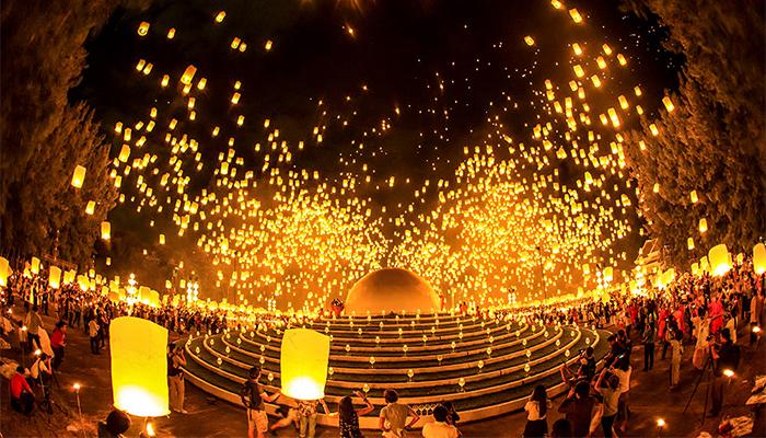 Lễ hội đèn trời ở Thái Lan. Ảnh: Chiangmaipost